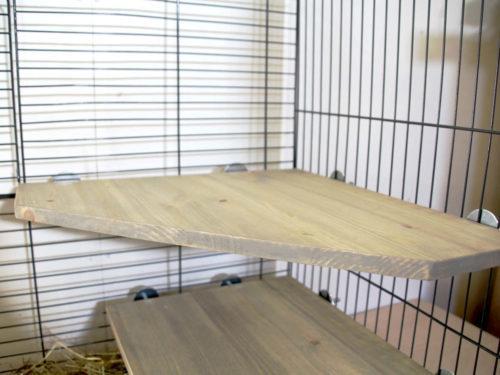 puusta-valmistettu-kiipeilytaso